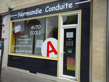 rénovation façade auto-ecole caen